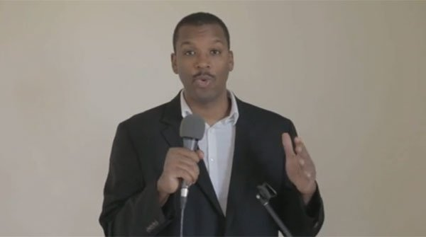 El monologuista norteamericano lanza su segundo vídeo sobre Catalunya