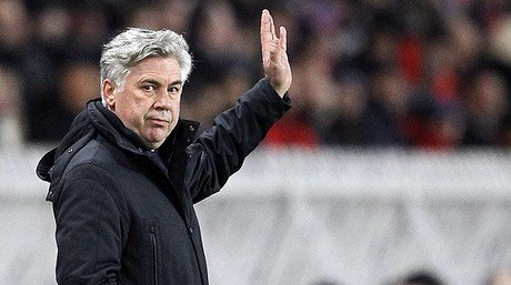 Carlo Ancelotti, durante un partido del Pars Saint-Germain en el Parque de los Prncipes