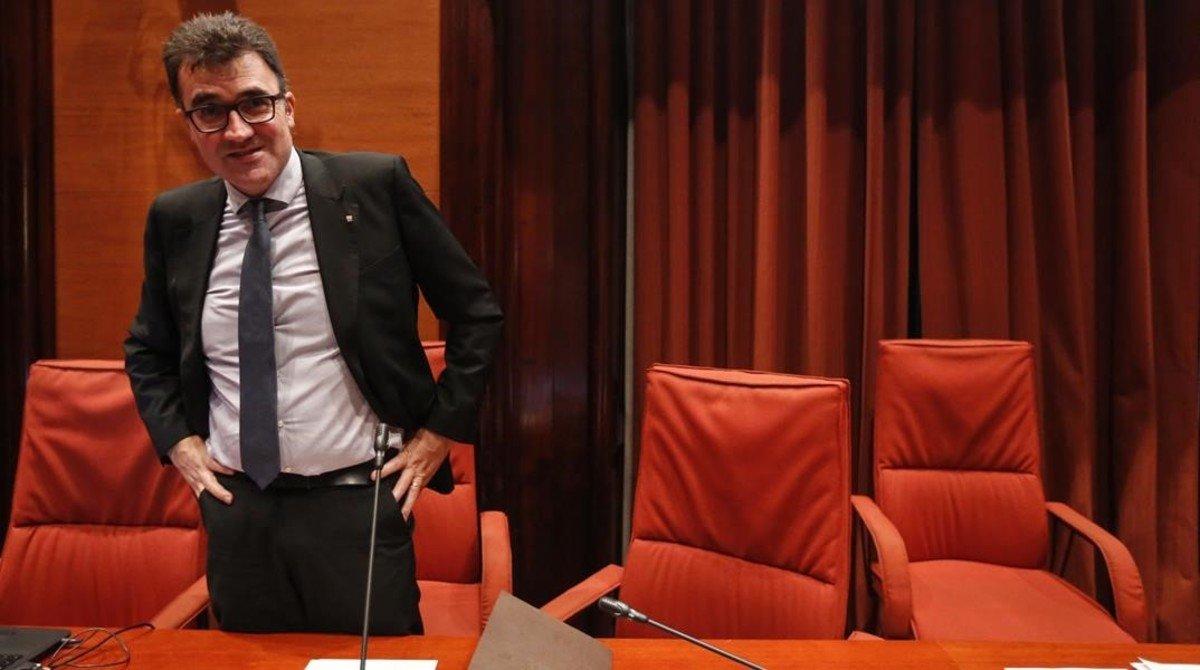 El secretario de Hacienda de la Generalitat, LLuis Salvadó, comparece en el Paelament.