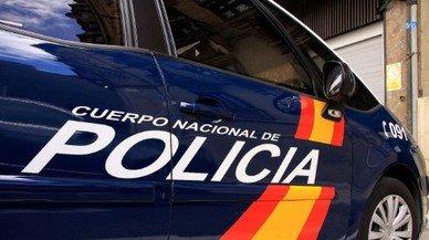 Detinguts 15 menors i un jove per donar una brutal pallissa a un adolescent per robar-li