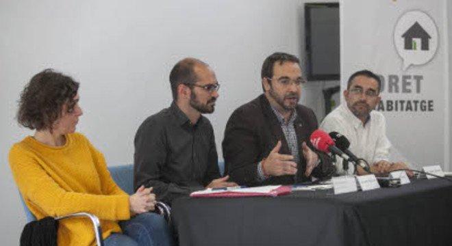 Sabadell exige a la Sareb que ponga a disposición los 244 pisos vacíos en la ciudad