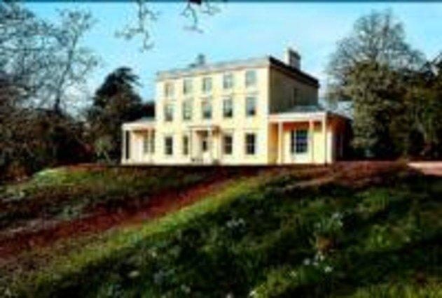 La casa de campo de agatha christie abre sus puertas al for Casa de campo la reina