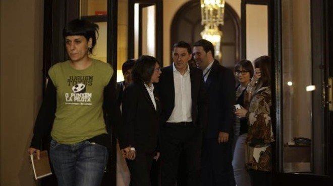 Otegi acaba les seves reunions al Parlament