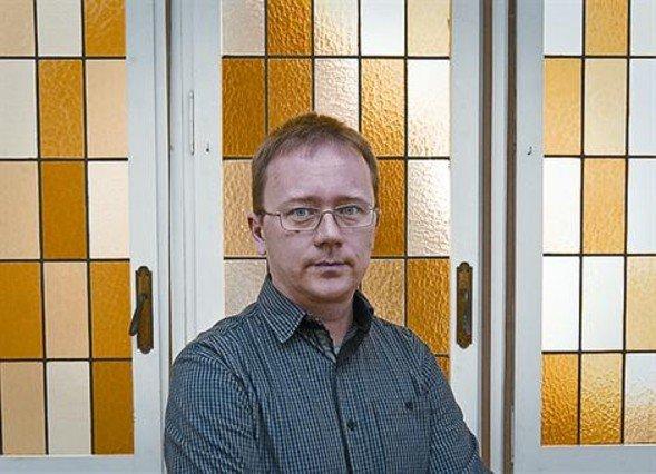 Hannu Arvio: �En Finlandia un ni�o pasa 12 horas sentado; aqu�, 23�