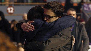 Mofas en Twitter por el abrazo de Iglesias y Errejón en Vistalegre 2