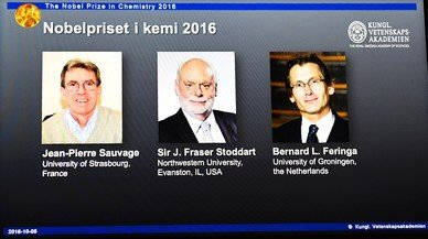 De izquierda a derecha, Jean-Pierre Sauvage, J. Fraser Stoddart y Bernard L. Feringa, Nobel de Qu�mica 2016.