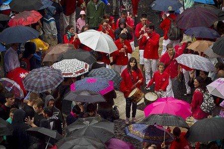 La jornada castellera de la Mercè del 2011, suspesa per un aiguat.