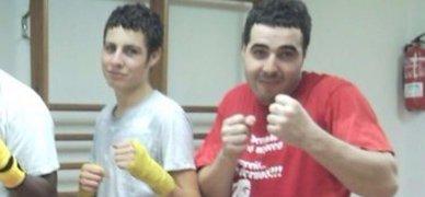 Los dos hermanos marroqu�s detenidos en Arb�cies, en una foto en un gimnasio.