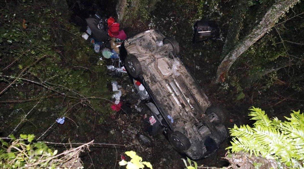 Un bebé y dos mujeres mueren al caer su coche por un barranco en la zona del pantano de Susqueda