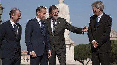 Mariano Rajoy, segundo por la derecha, a su llegada a la Cumbre de Roma.