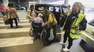 Vaga de taxistes: Barcelona es queda sense 'abelles'