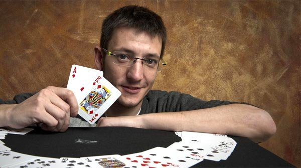 Xavier Alonso, jugador professional de poker on line