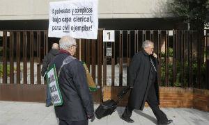 El obispo de Granada no inform� de los abusos a la c�pula eclesial