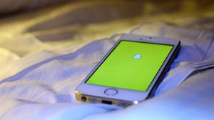 Snapchat activándose en un teléfono móvil