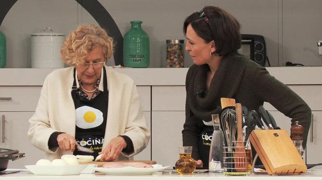 Pollo a la manuela carmena for Canal cocina en directo