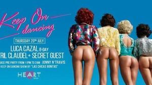 Imagen del polémico cartel, ya retirado, del restaurante Heart Ibiza.