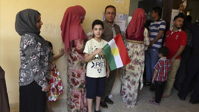 El parlamento Iraquí vota enviar tropas al Kurdistán.