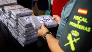 La Guardia Civil y Aduanas han interceptado más de 702 kilos de cocaina en un contenedor del puerto de Valencia.
