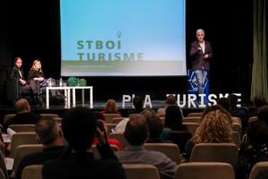 Presentación del nuevo plan de turismo que impulsa el Ayuntamiento de Sant Boi, con José Antonio Donaire a la cabeza, el pasado día 7.