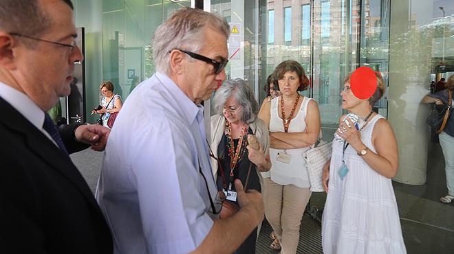 Antoni Mas llega a la Ciutat de la Justícia.