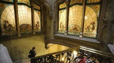 Detalle de la escalera de la casa Felip que abrirá puertas al público todos los viernes previa reserva.