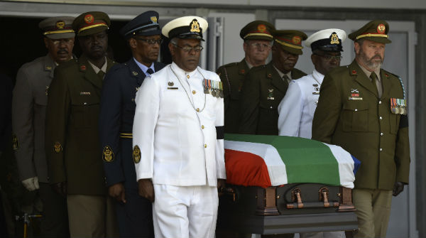 Comença el funeral per Nelson Mandela a Qunu