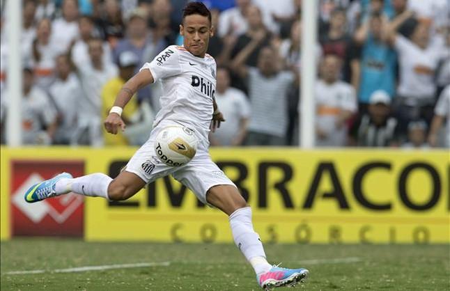 Neymar se ha comprometido a venir al Bar�a en julio