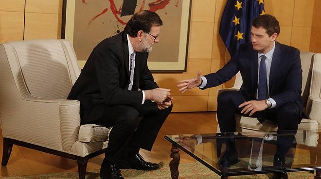 Mariano Rajoy, presidente del Gobiernoen funciones, y Albert Rivera, líder de Ciudadanos, se han reunido hoy en el Congreso de los Diputados.