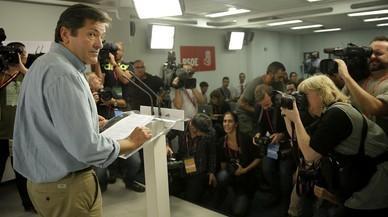 Javier Fern�ndez, en la rueda de prensa, tras el comit�.