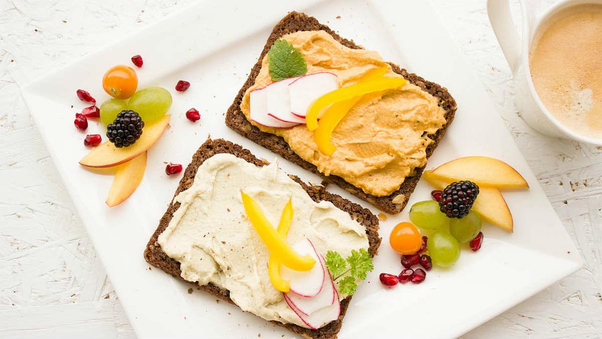 Saltar-se l'esmorzar duplica el risc de lesions cardiovasculars