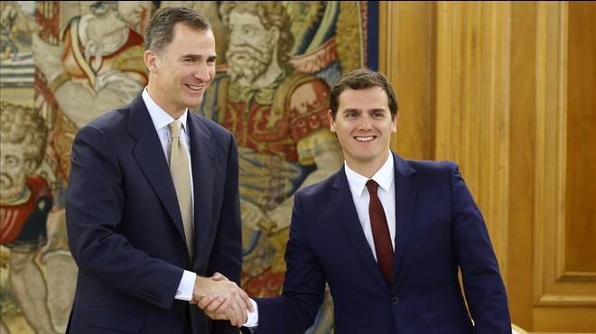 """Rivera: """"Ara els toca als espanyols"""""""