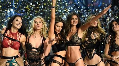 Imagende uno de los momentos del desfile en París de Victoria's Secret, que emite el canal DKiss.