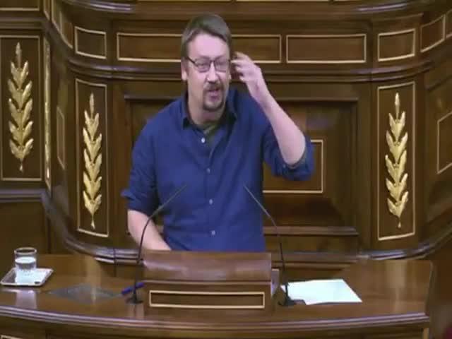 """ERC replica la """"postveritat"""" de Xavi Domènech amb un vídeo"""