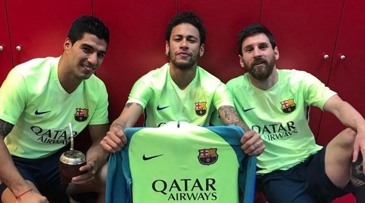 Neymar ironitza amb la celebració de Messi