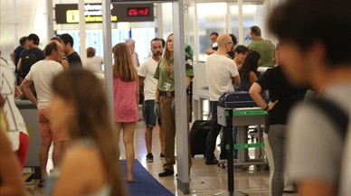 Com sobreviure a la vaga de l'aeroport del Prat