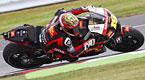El piloto espa�ol de Moto GP del equipo Honda �lvaro Bautista toma una curva durante la segunda sesi�n de entrenamiento libre del Gran Premio de Silverstone, Northamptonshire, Reino Unido.