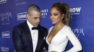 zentauroepp35282204 dancer casper smart and singer and actress jennifer lopez at161209141339