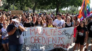 El professor de Lleida acusat d'homofòbia demana perdó