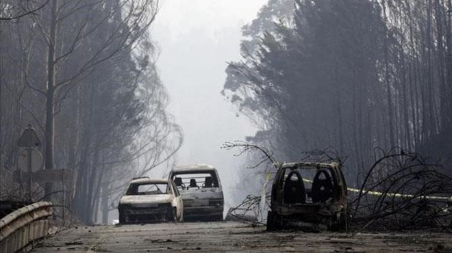 Decenas de famílias mueren carbonizadas en la carretara de la muerte de Portugal.