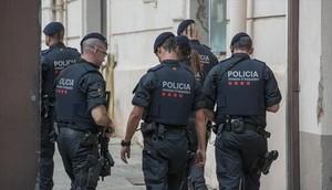 Unos mossos desquadra de servicio, en Barcelona.
