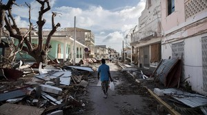 Aspecto de Saint Martin tras el paso del huracán Irma.