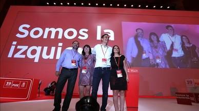 El PSOE se resitúa en la izquierda