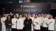 Los cocineros que han preparado la cena de la gala del Català de l'Any 2012.