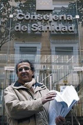 La dimisión de 322 directivos pone en jaque a la sanidad madrileña