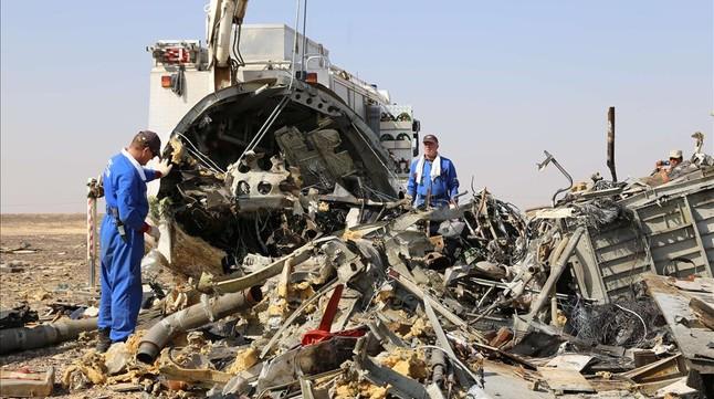Un empleado de EgyptAir, sospechoso del atentado contra un avión de pasajeros ruso