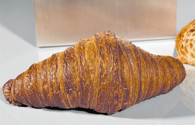 Este es el Mejor Croissant Artesano de Mantequilla de España 2017. Lo ha hecho Gil Prat, de la pastelería Prat Can Carriel de Roda de Ter.