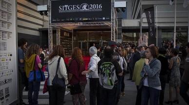 Ambiente en la sede del festival de Sitges antes de la gala inaugural.