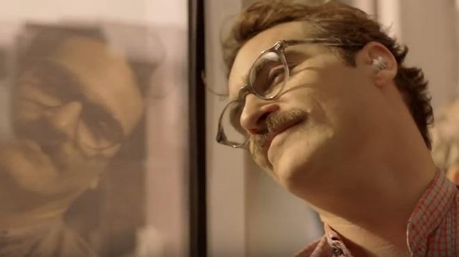 Teaser de la película 'Her', en la que Joaquin Phoenix se enamora de un 'software' con la voz deScarlett Johansson.