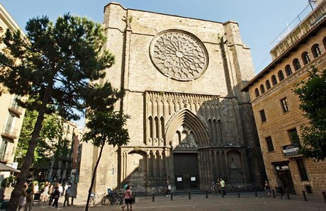 La fachada de la iglesia Santa Maria del Pi.