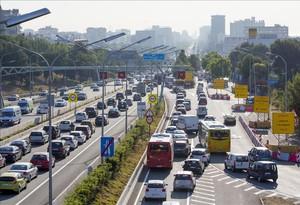 esala30233901 barcelona 29 06 2015 distritos atasco trafico que 160614180901